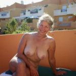 maman nue en photo sexe  060