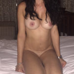 maman nue en photo sexe  063