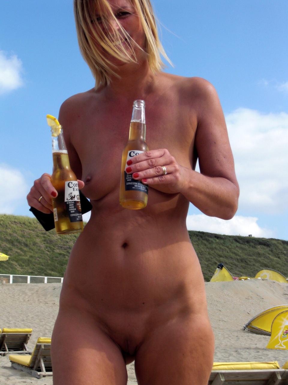 maman nue en photo sexe  082