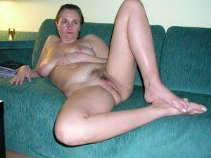 maman nue en photo sexe  092