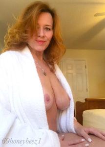maman nue en photo sexe  097