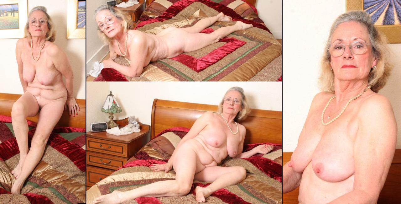 maman nue en photo sexe  111