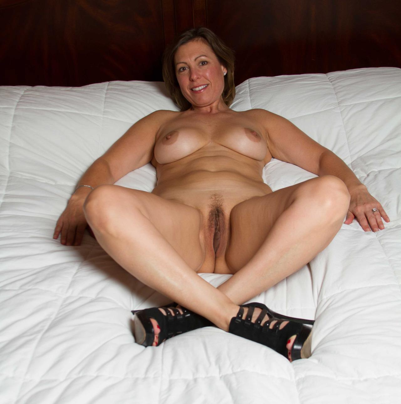 maman nue en photo sexe  118