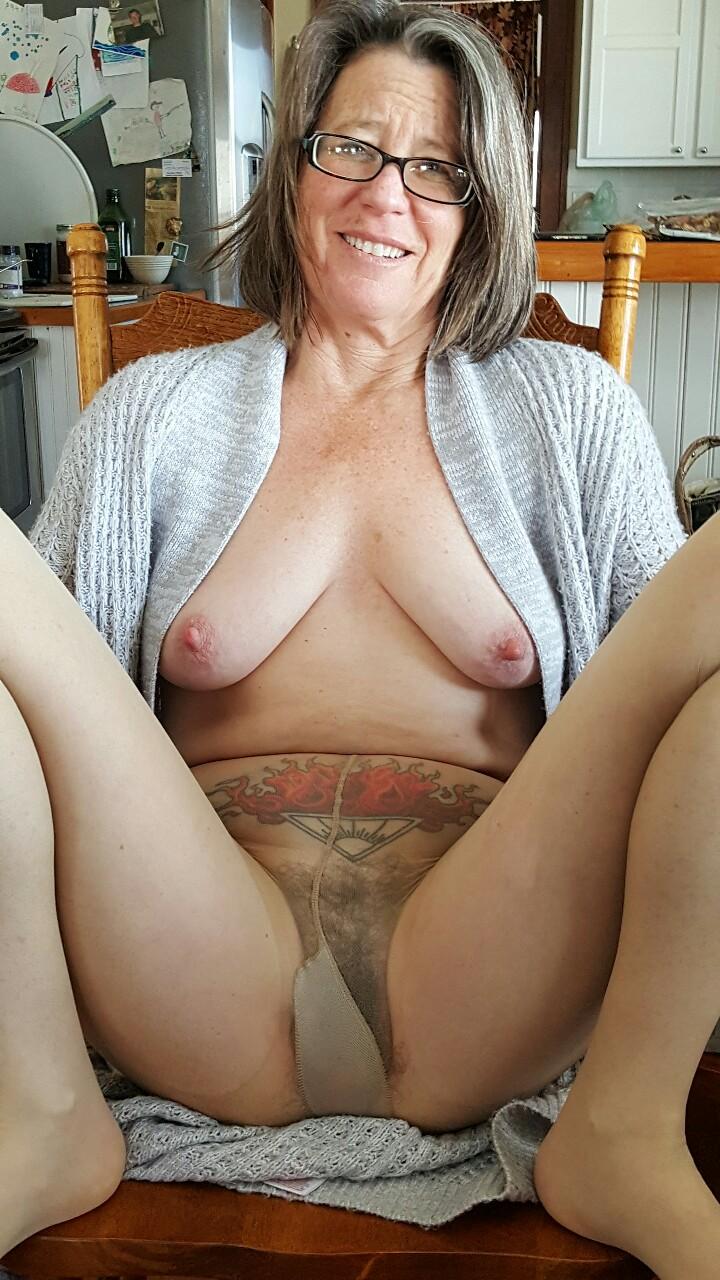 maman nue en photo sexe  145