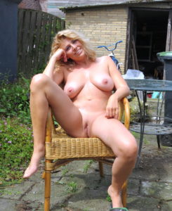 milf nue en photo sexe  064
