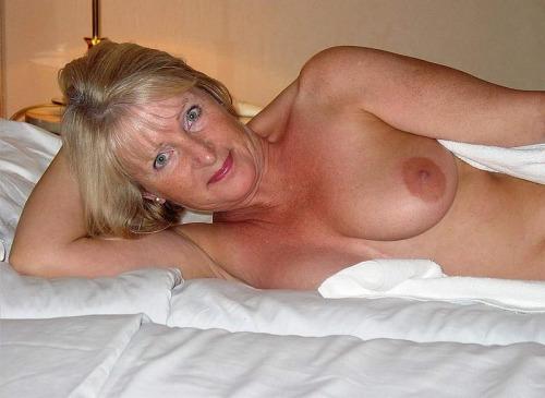 snap maman sexy infidele 051
