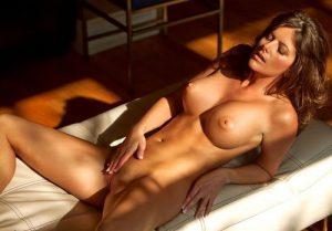 photo de femme nue en couple dans le 54